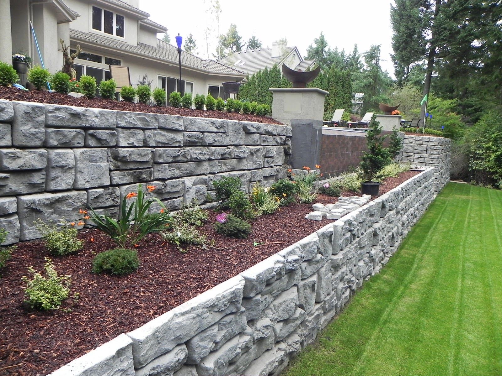 Building A Retaining Wall: Everything You Need To Consider ...