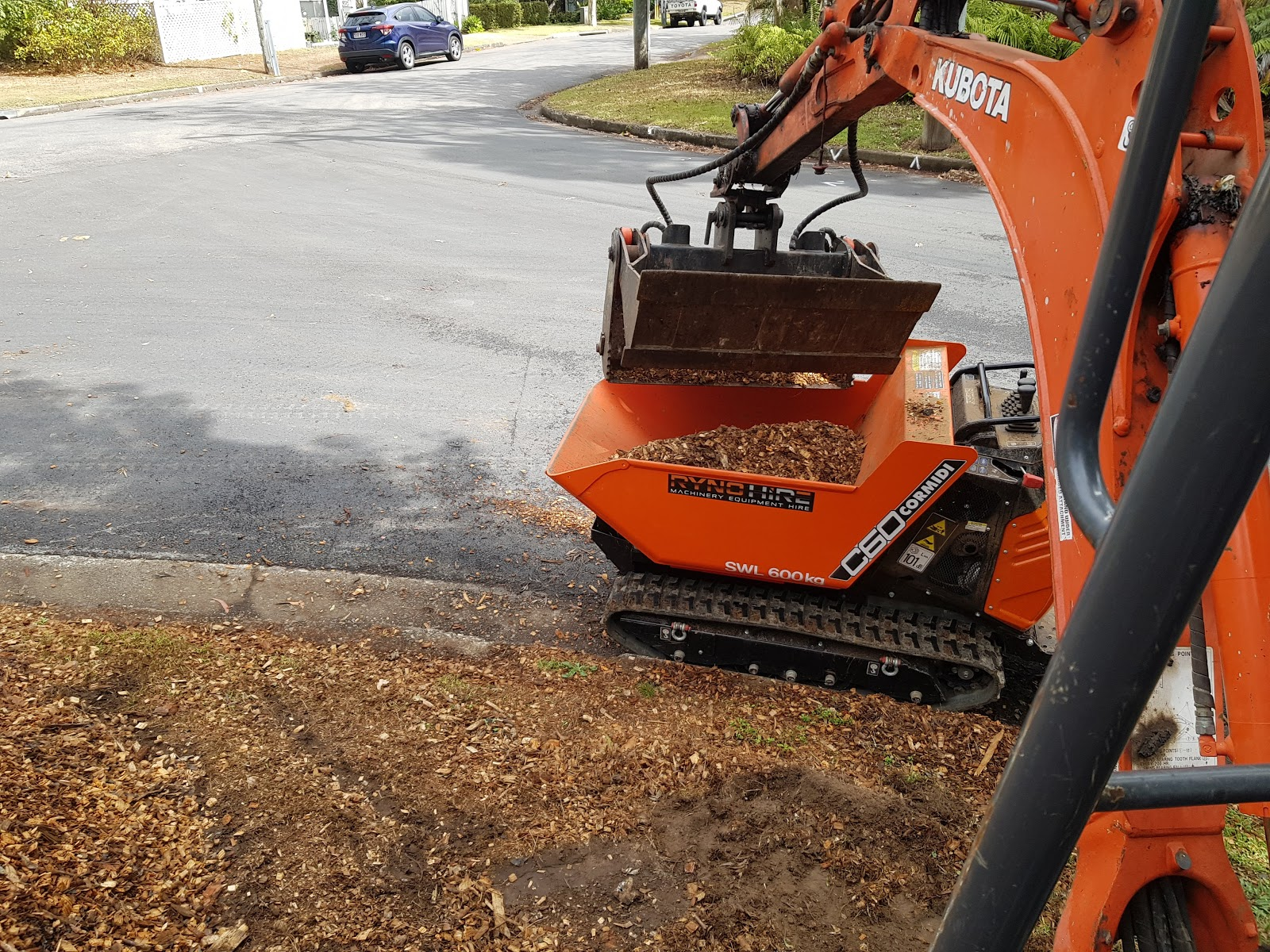 excavator and dumper combo