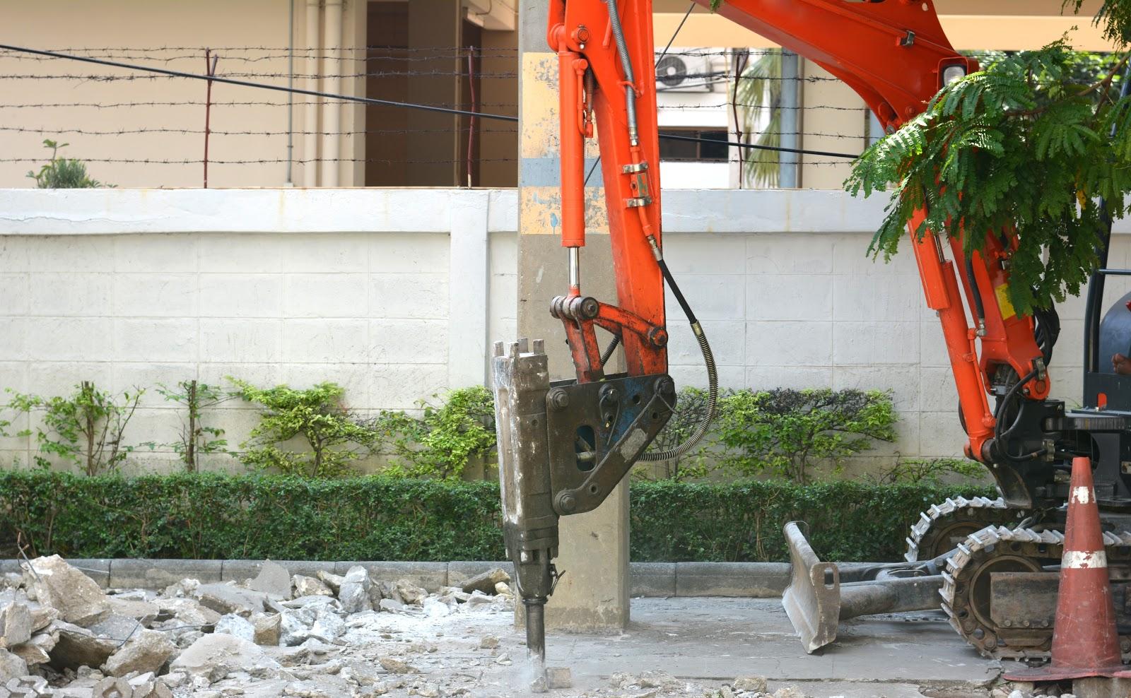 specialised attachment ryno hire excavator