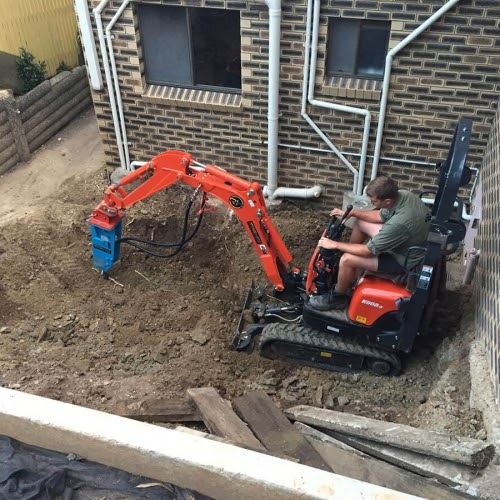 different-attachments-available-with-mini-excavator