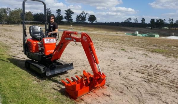 1.0 Tonne Excavators