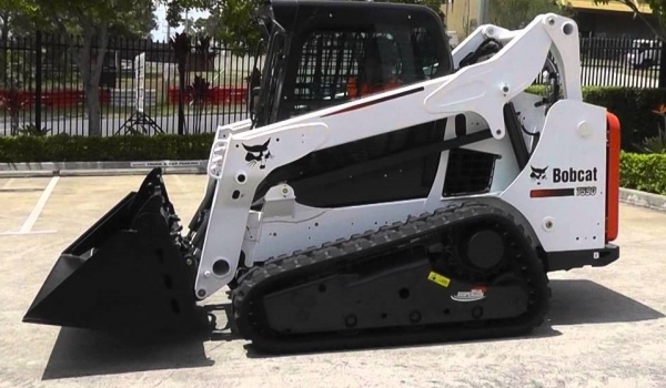 4.0 Tonne (Tracked) Posi-Track Loaders